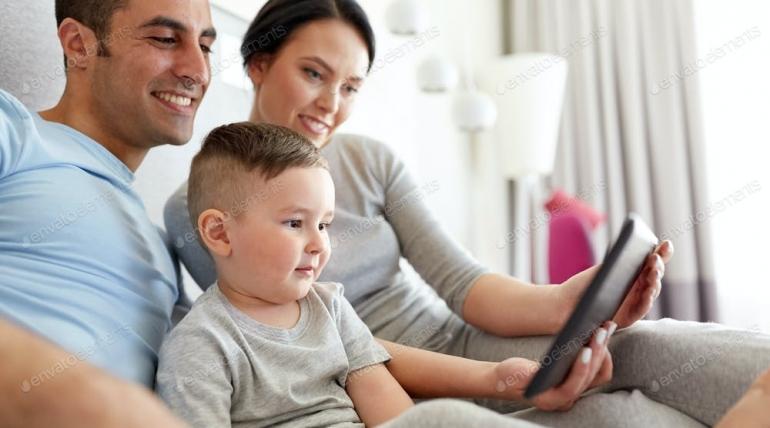 Ebeveynler Ekran Süresi İçin Kendilerini Suçlu Hissetmesinler