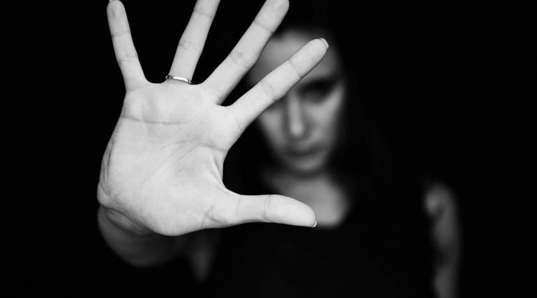 Kadına Yönelik Şiddeti Normalleştirmeyin, 'Dur' Deyin!